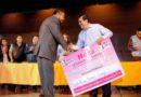 Entrega alcalde Juan Hugo de la Rosa mobiliario a escuelas públicas en Neza
